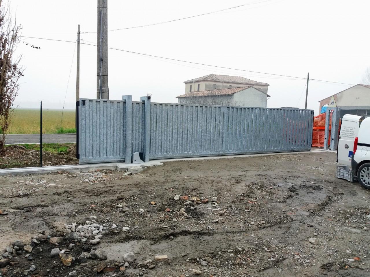 Cancello scorrevole industriale